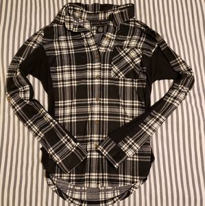 Polly & Esther Black & White Plaid Button Up - M